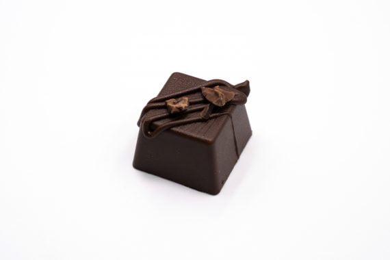 Farm To Bar Chocolate Bon Bon Rượu Cacao